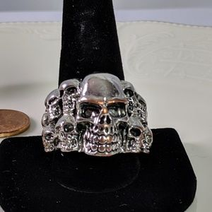 Pile of Skulls Silver Tone Large Ring Size 11.5